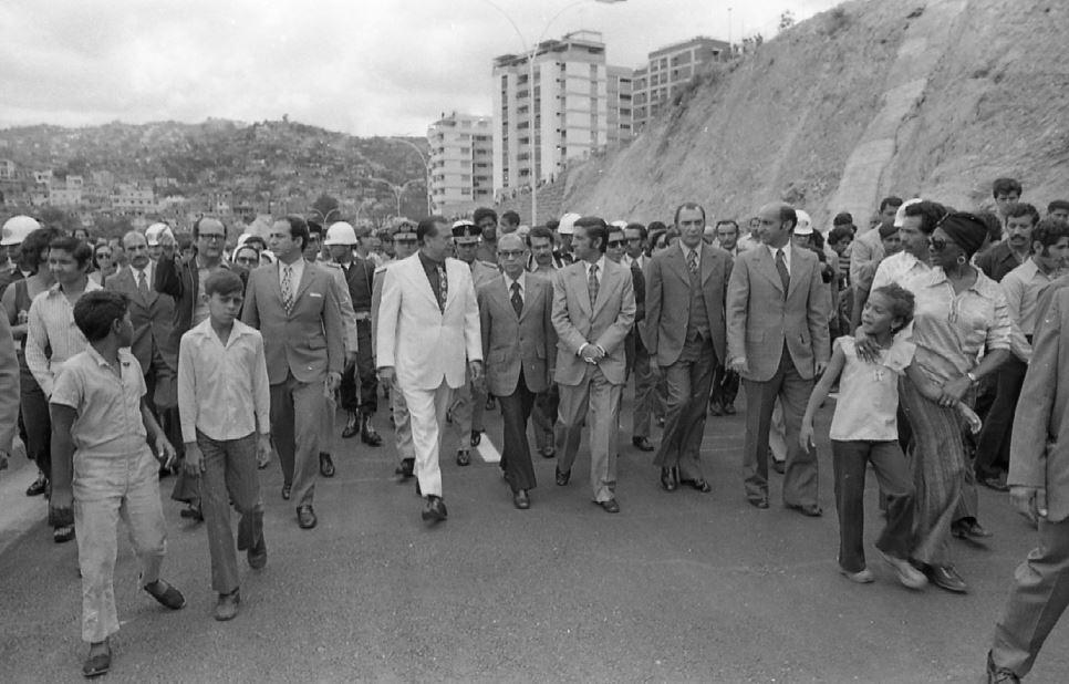 1974. Marzo, 10. Inauguración de la Avenida Río de Janeiro en Caracas.