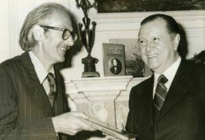 1977. Abril, 19. Presentación de la edición inglesa de Andrés Bello.