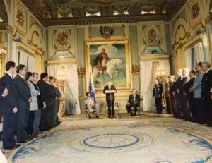 1997. Febrero 19. Participación del inicio de las sesiones extraordinarias del Congreso Nacional, en el Salón Sol del Perú, Palacio de Miraflores.