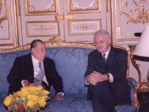 1998, Marzo, 21. Entrevista con el Primer Ministro Lionel Jospin en el Hotel Matignon, Paris.