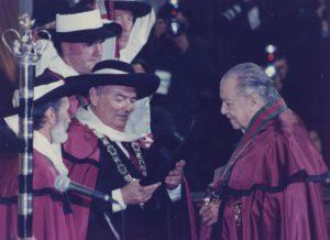 1998. Octubre 17. Ceremonia de entronización de la Cofradía del Vino de Oporto.