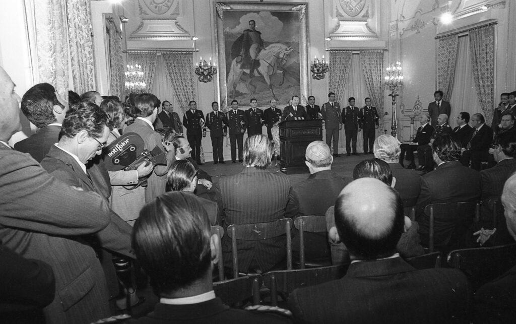 1974 Enero, 1. Alocución de año nuevo en el Palacio de Miraflores.