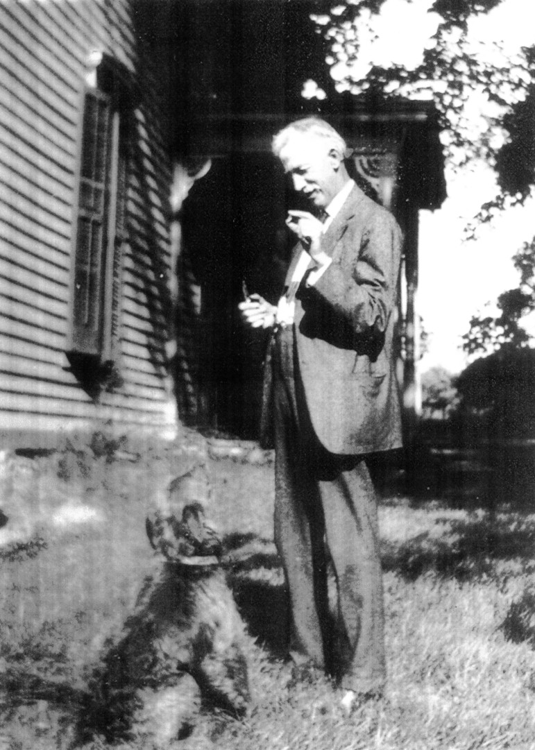 Edward with another highly regarded animal, their dog, Dale.  Also in the front yard of Woodside in 1918.