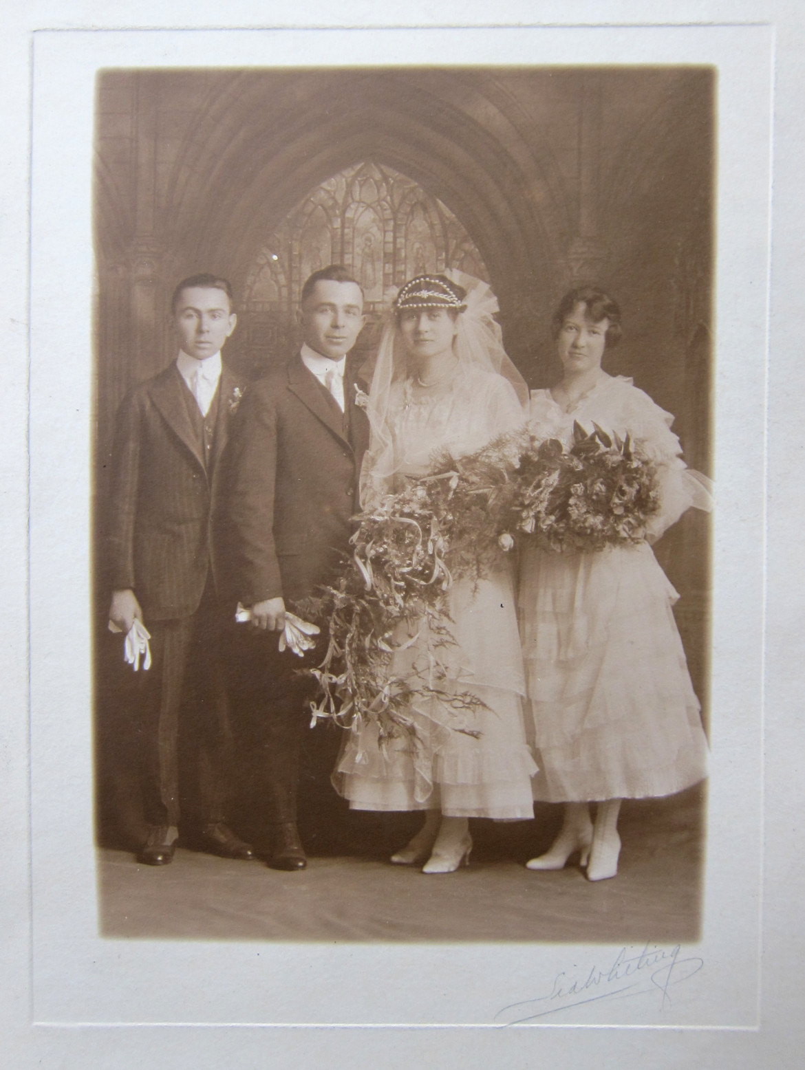 This is the wedding photo of Matt's great grandparents, Talitha Wuellner and Max Slavik.  They may have been the first owners of the home at 2855 Laclede Station Road.