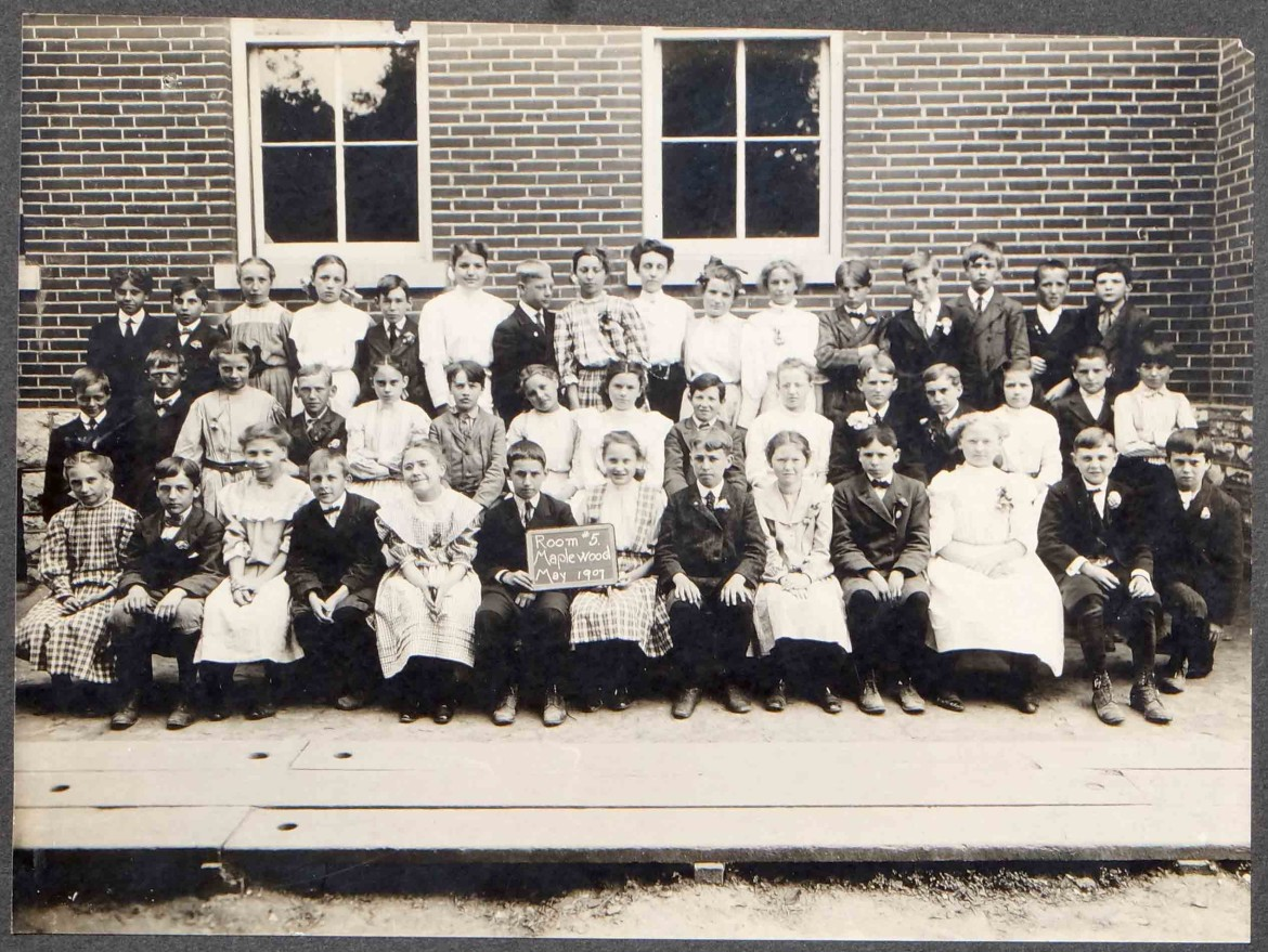 It is very helpful when the photos show a date such as this one does-May 1907. The original is a gift of the Ratkowski-Houser Foundation to the Maplewood Public Library