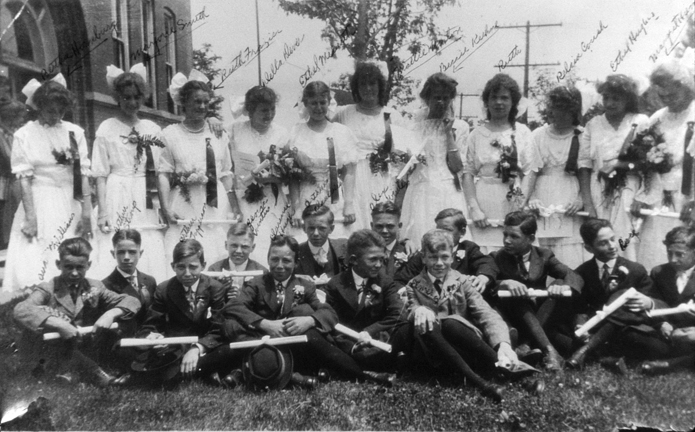 A class photo with everyone identified. How unusual. the Sutton School was located on Cambridge Ave.