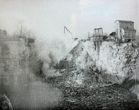 Note in this photo how much of the quarry remains to be filled. Courtesy of the Maplewood Public Library.