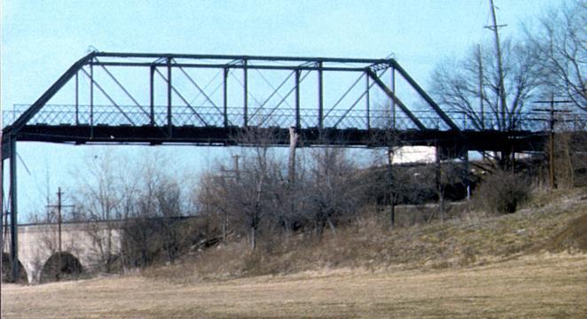 Undated photo of the Edgebrook bridge. Courtesy of the Maplewood Public Library.