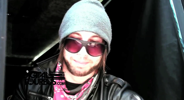 Boys Like Girls – BUS INVADERS Ep. 8