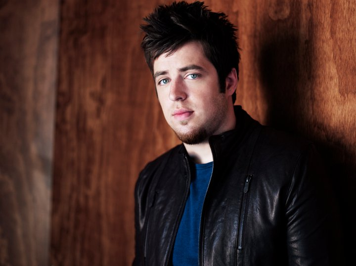 Lee DeWyze – TOUR TIPS