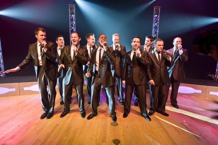 "Straight No Chaser Announce ""Happy Hour Tour"""