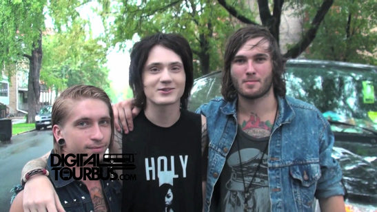 Make Me Famous – BUS INVADERS Ep. 369