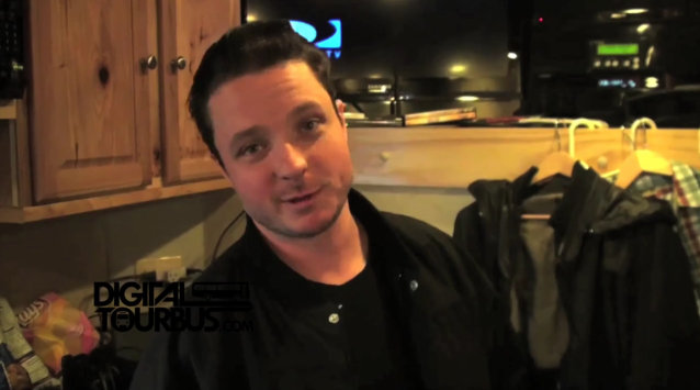 Bayside – BUS INVADERS Ep. 152