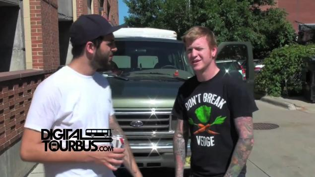 Four Year Strong – BUS INVADERS Ep. 20