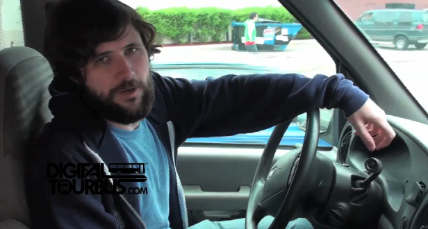 Straylight Run – BUS INVADERS Ep. 43