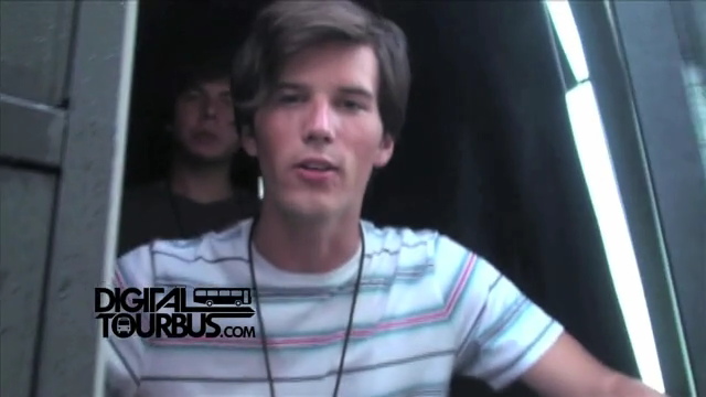 Allstar Weekend – BUS INVADERS Ep. 277