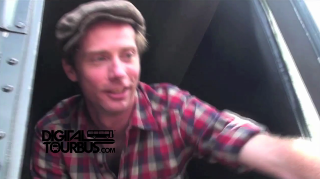 Big D and the Kids Table – BUS INVADERS Ep. 253 (Warped Edition)