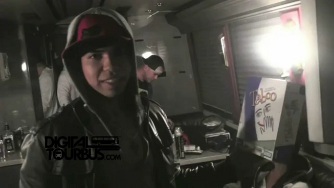 Black Tide – BUS INVADERS Ep. 304