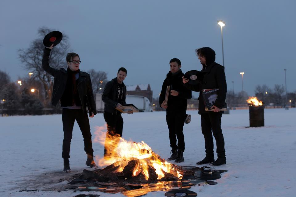 Fall Out Boy Announces Support Acts for UK Tour