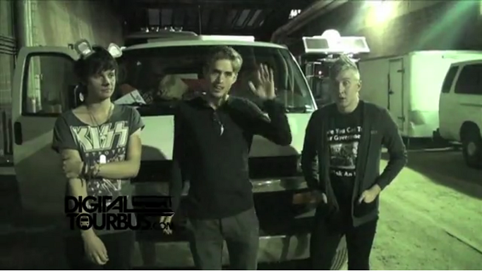 The Summer Set – BUS INVADERS Ep. 308