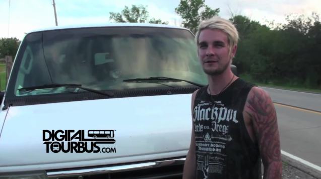 Throw The Fight – BUS INVADERS Ep. 212