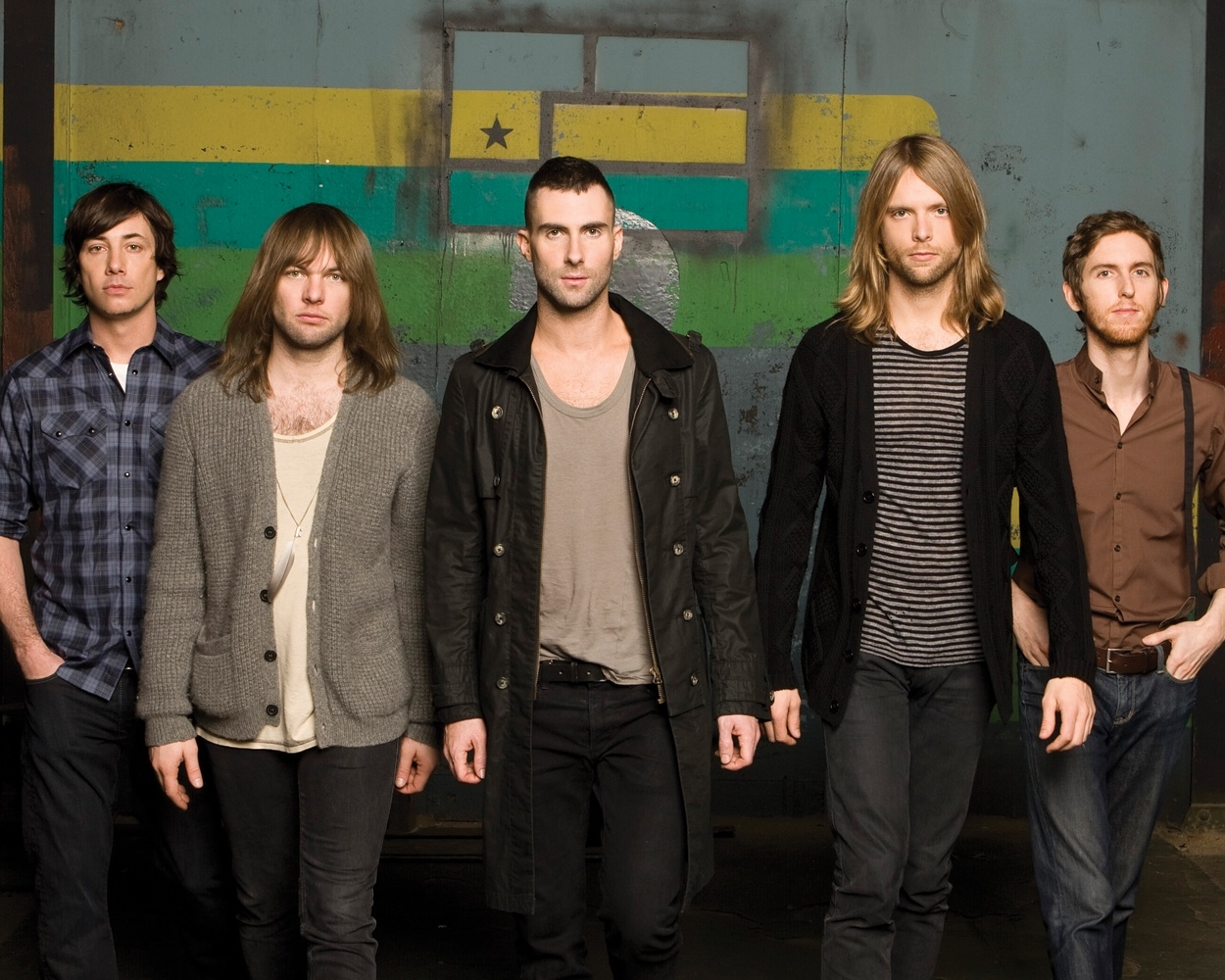 "Maroon 5 Announce ""The Maroon 5 World Tour"""