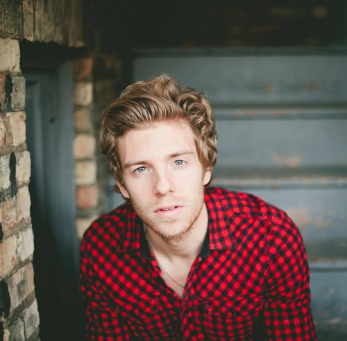 Andrew Belle Announces East and West Coast Tours