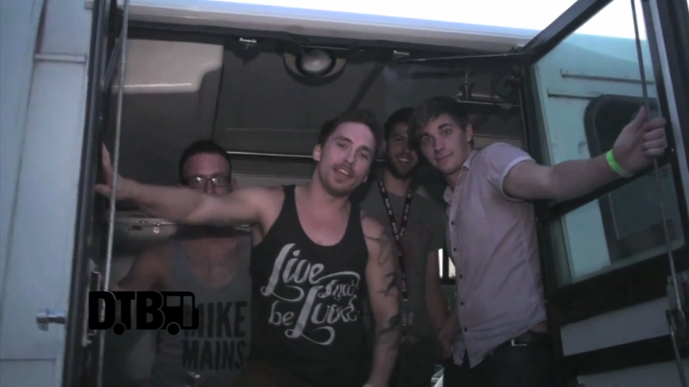 the Orphan, the Poet – BUS INVADERS Ep. 445 [VIDEO]