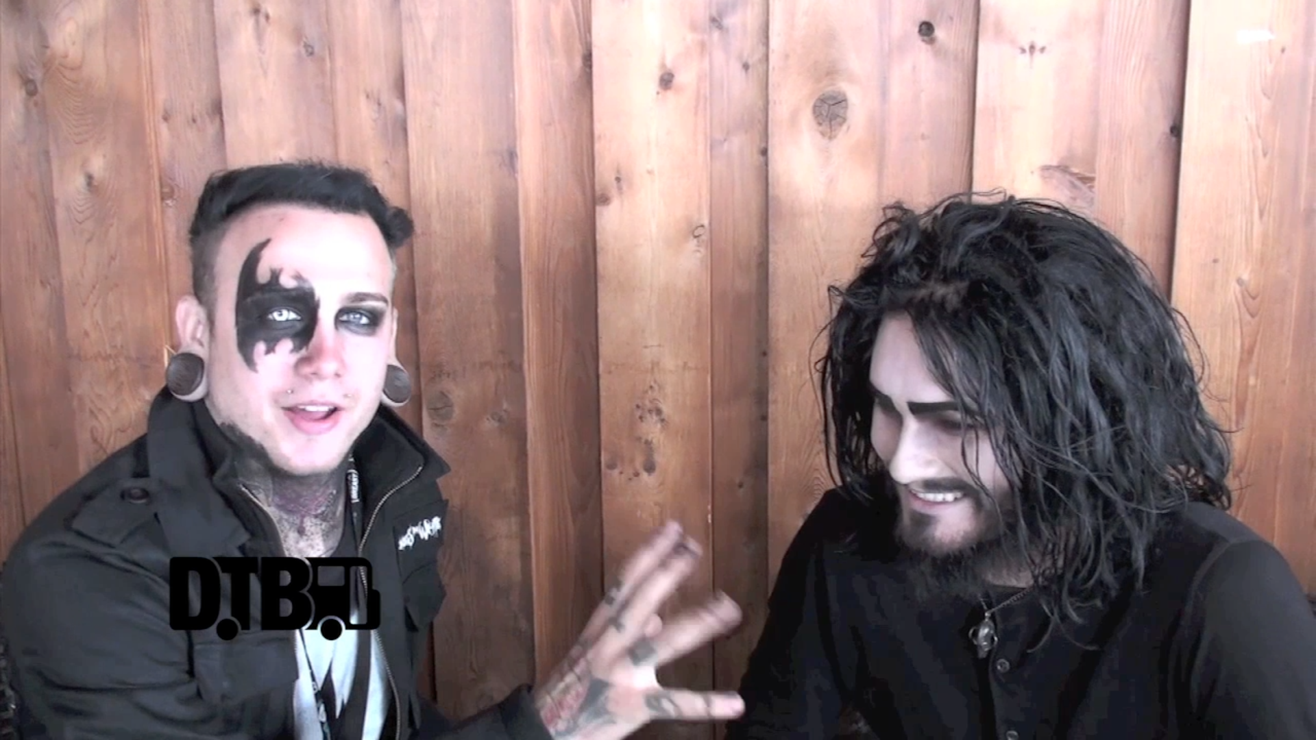 Motionless In White – CRAZY TOUR STORIES [VIDEO]