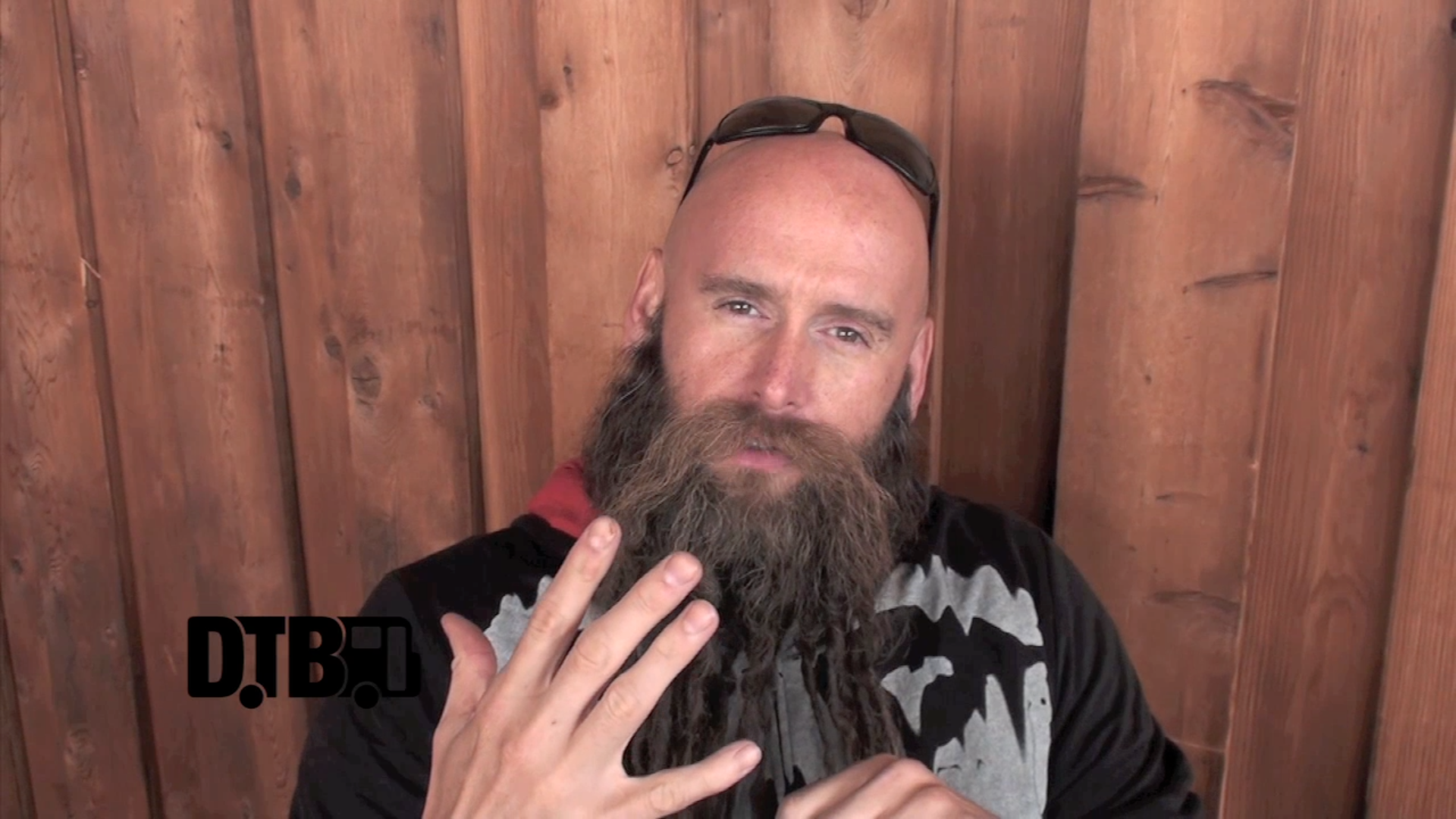 Five Finger Death Punch – TOUR TIPS [VIDEO]
