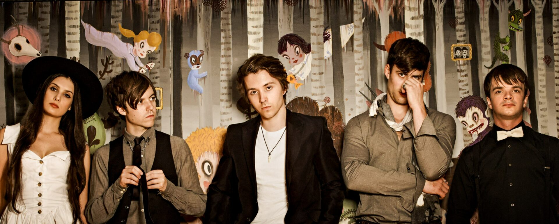 """Nightmare and the Cat – ROAD BLOG from """"U.S. Tour with Bastille"""""""