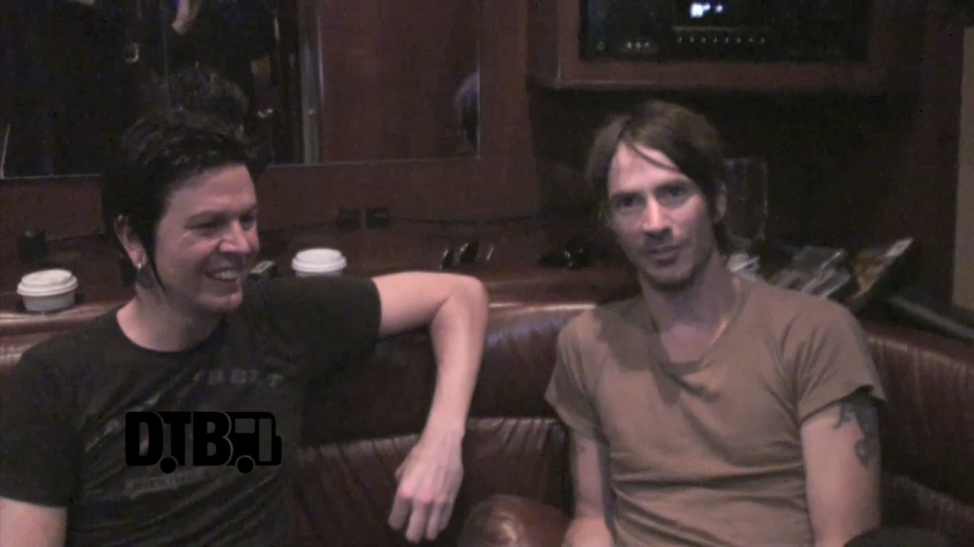 Walking Papers – CRAZY TOUR STORIES [VIDEO]