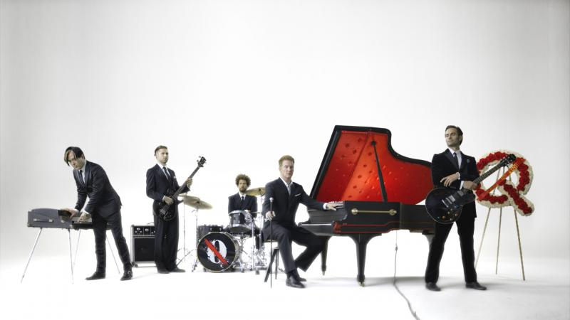 """Queens of the Stone Age Announce """"Post-Grammy Southwest Victory Lap 2014 Tour"""""""