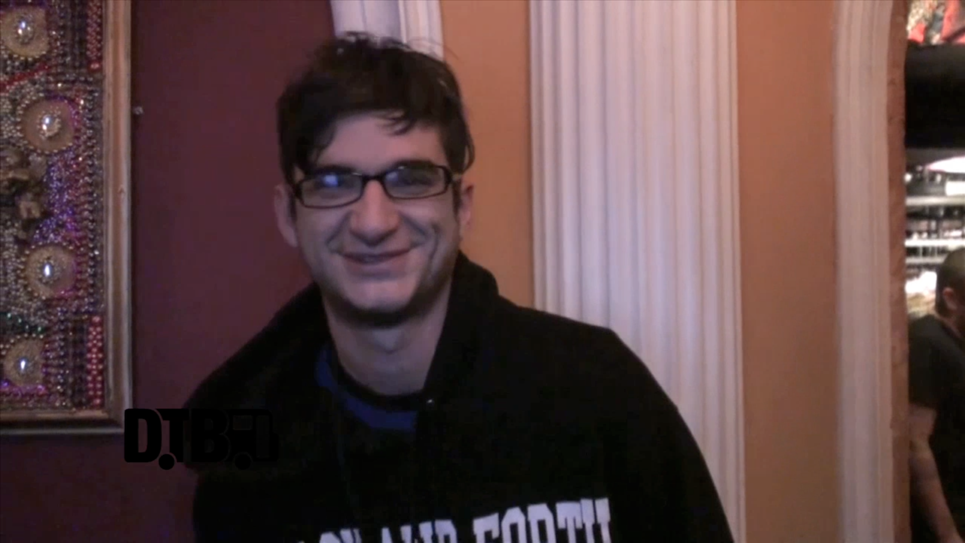 Man Overboard – CRAZY TOUR STORIES [VIDEO]