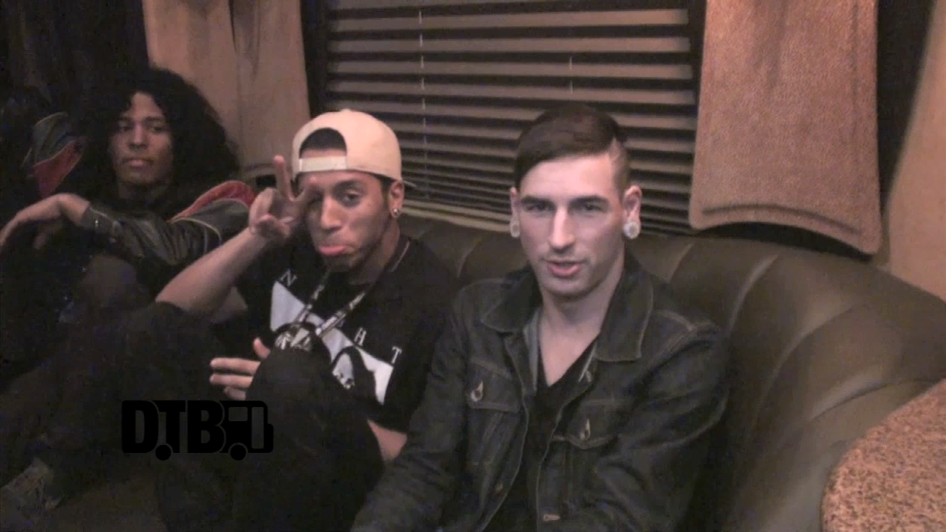 Issues – TOUR TIPS [VIDEO]