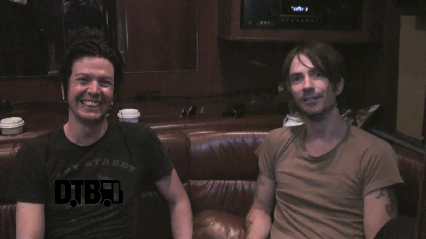 Walking Papers – TOUR TIPS [VIDEO]
