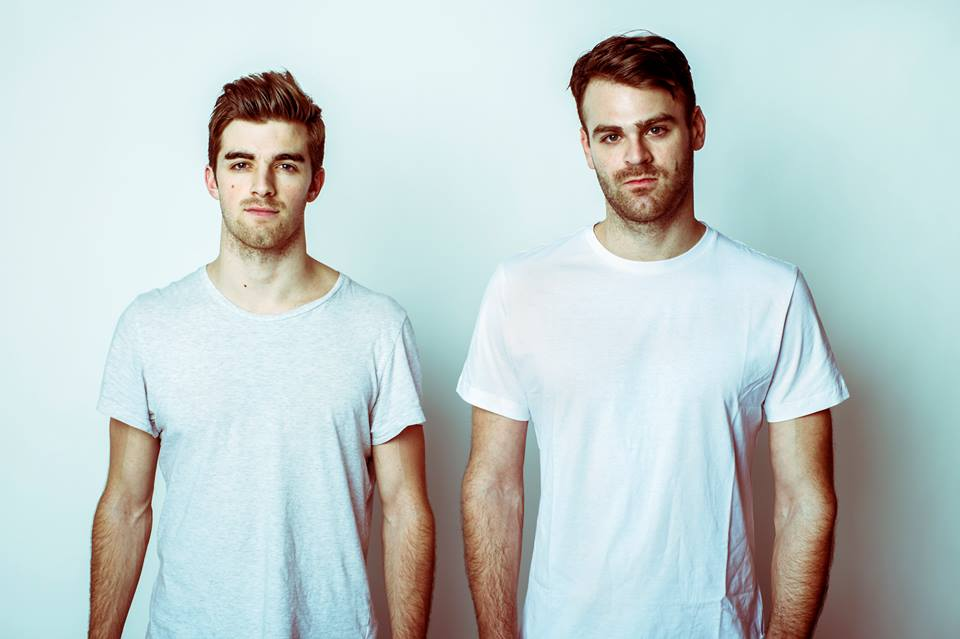 The Chainsmokers Announce the #SELFIETOUR
