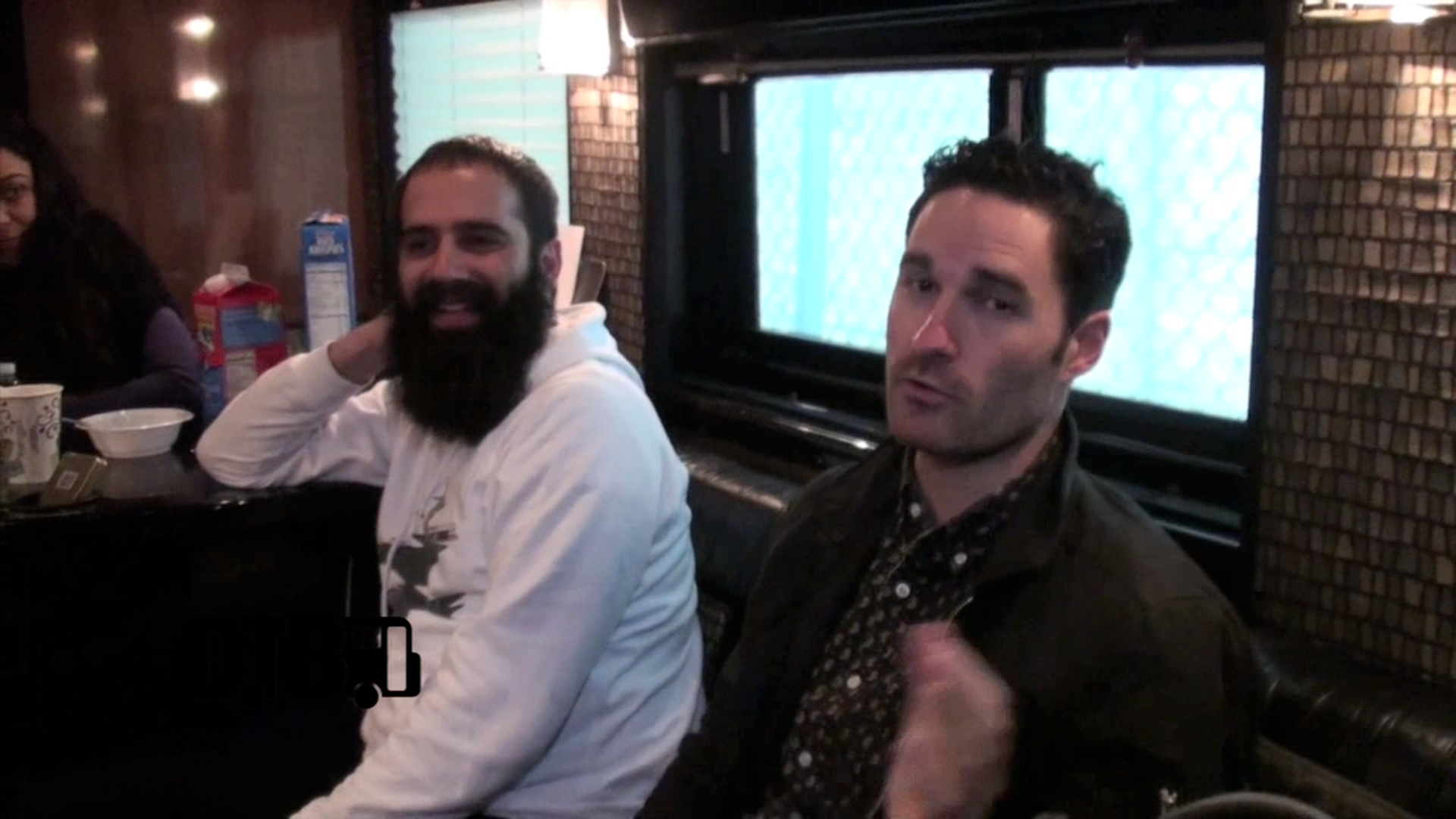 Capital Cities – CRAZY TOUR STORIES [VIDEO]