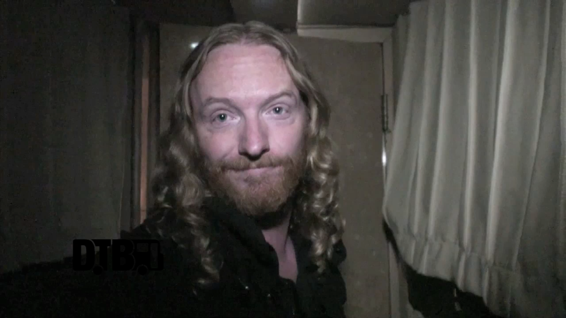 Dark Tranquillity – BUS INVADERS Ep. 585 [VIDEO]
