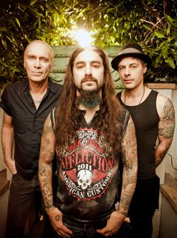 The Winery Dogs Announce Summer 2014 U.S. Tour