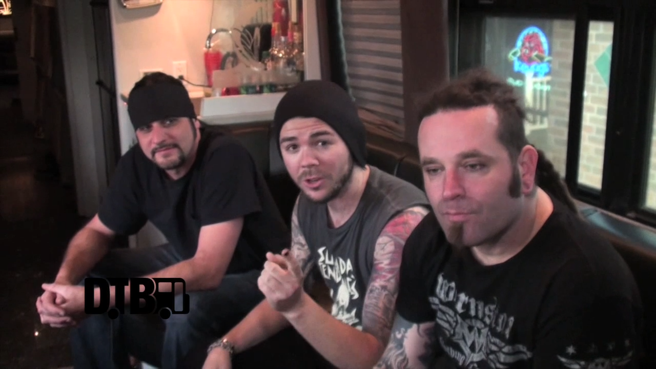 Saliva – TOUR TIPS [VIDEO]