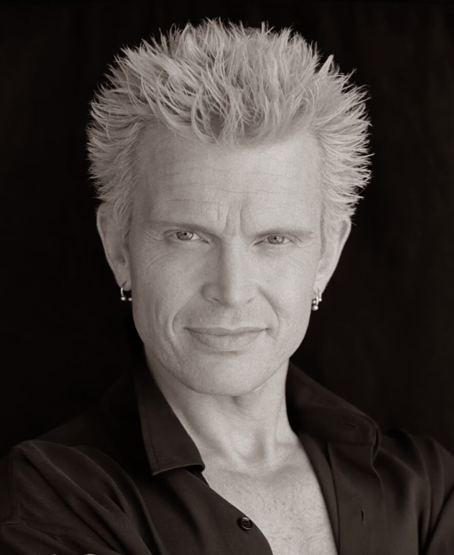 "Billy Idol Announces ""Kings & Queens Of The Underground Tour"""