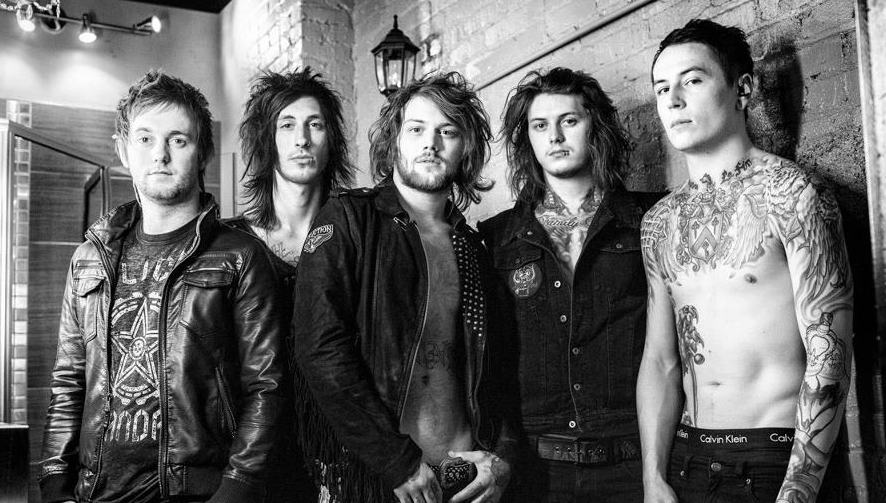 "Asking Alexandria Announce ""The Moving On Tour"""