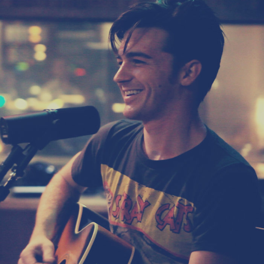 "Drake Bell to Headline Annual ""High School Nation Tour"""