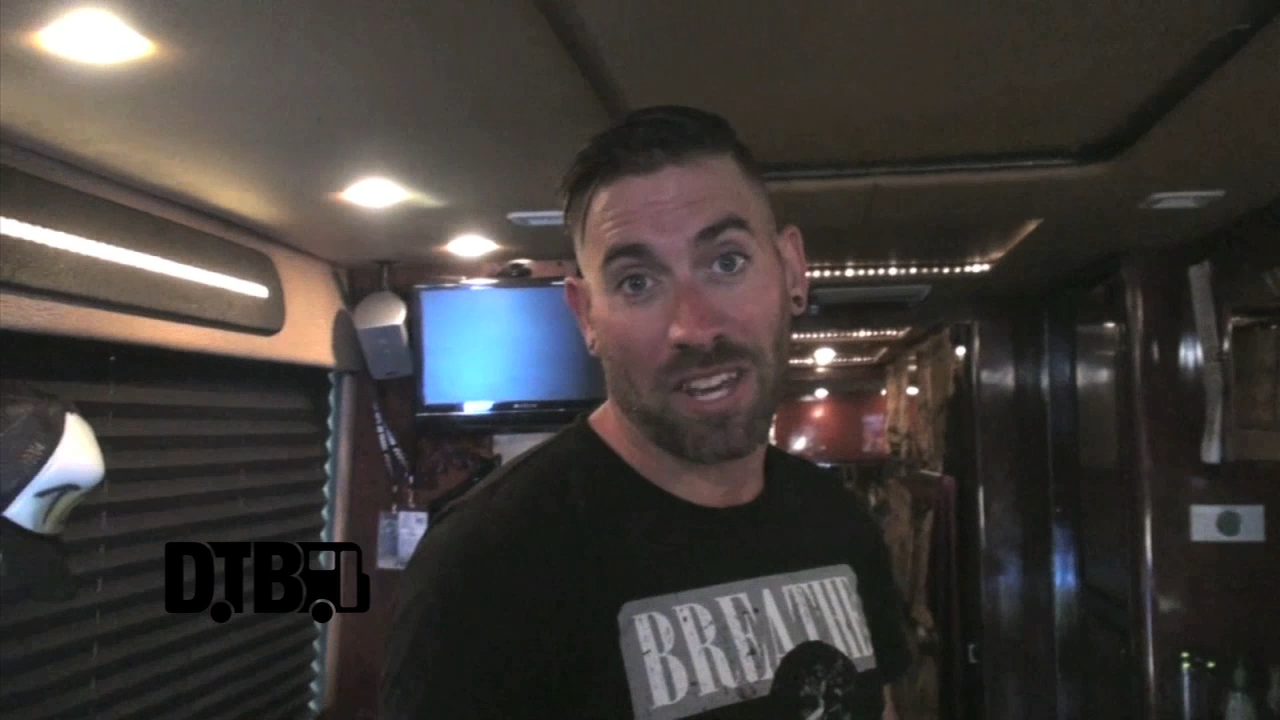 The Ghost Inside – BUS INVADERS Ep. 686 [VIDEO]