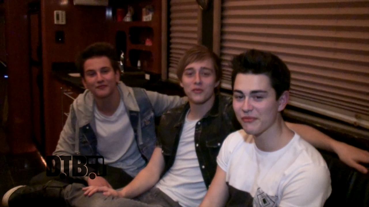 Before You Exit – TOUR PRANKS [VIDEO]