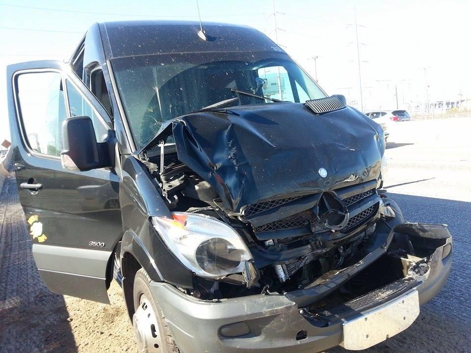 Decapitated - van accident - photo 1