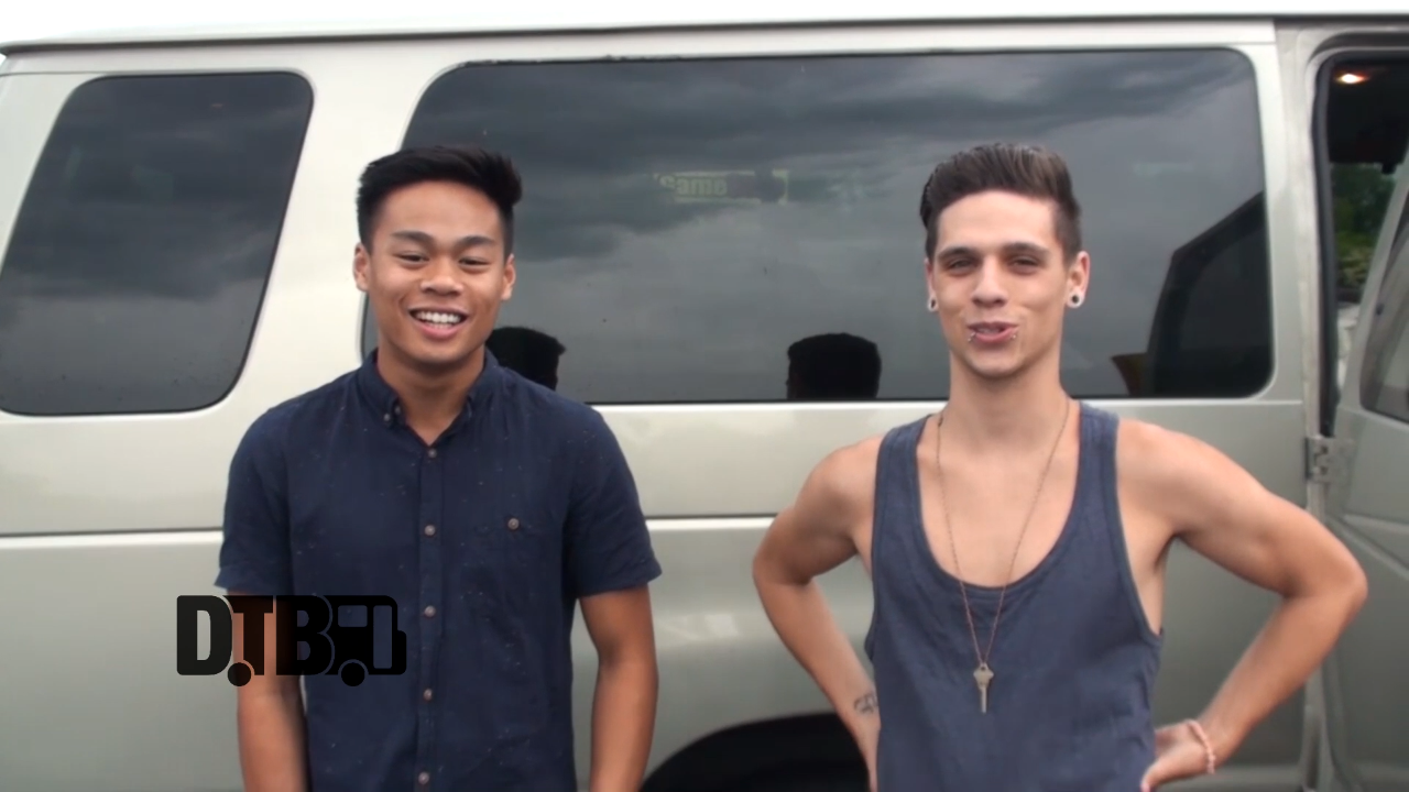 Fourth & Coast – CRAZY TOUR STORIES [VIDEO]