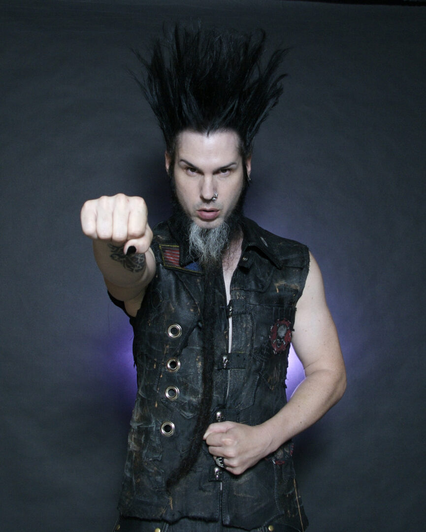 Wayne Static Announces Co-Headline European Tour With Drowning Pool
