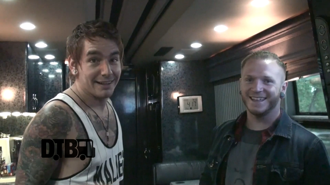 We Came As Romans – BUS INVADERS Ep. 704 [VIDEO]